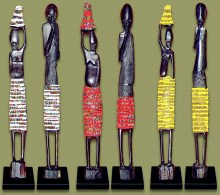 See the full range of African Beaded Statues here.