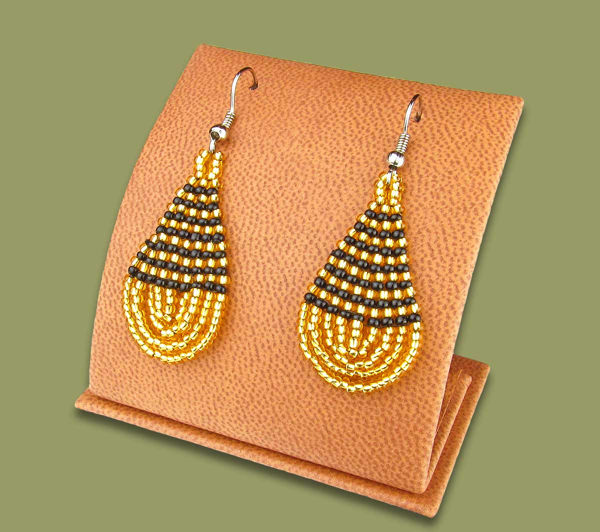 Small Beaded Ear Rings Tear Drop Gold Black