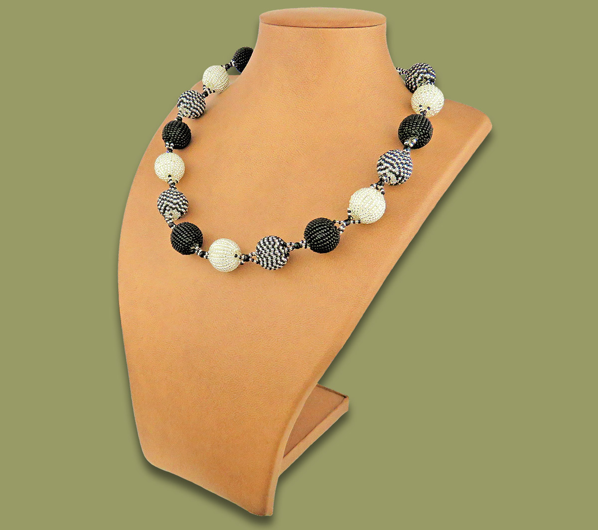 African Beaded Bobble Necklace Silver Black