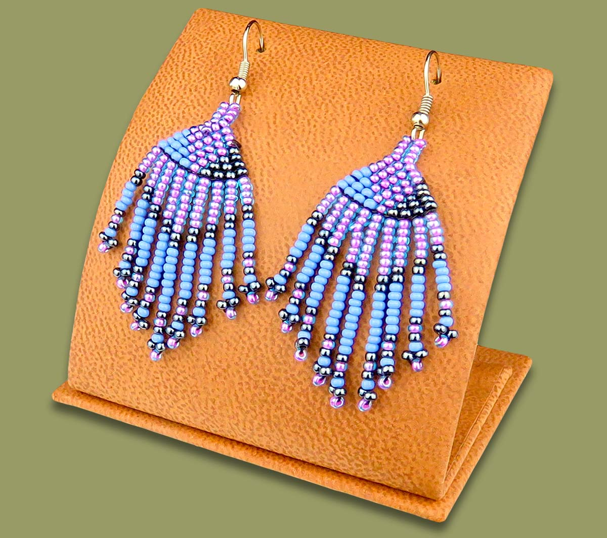 Beaded Short Tassel Earrings Lillac Blue Metallic