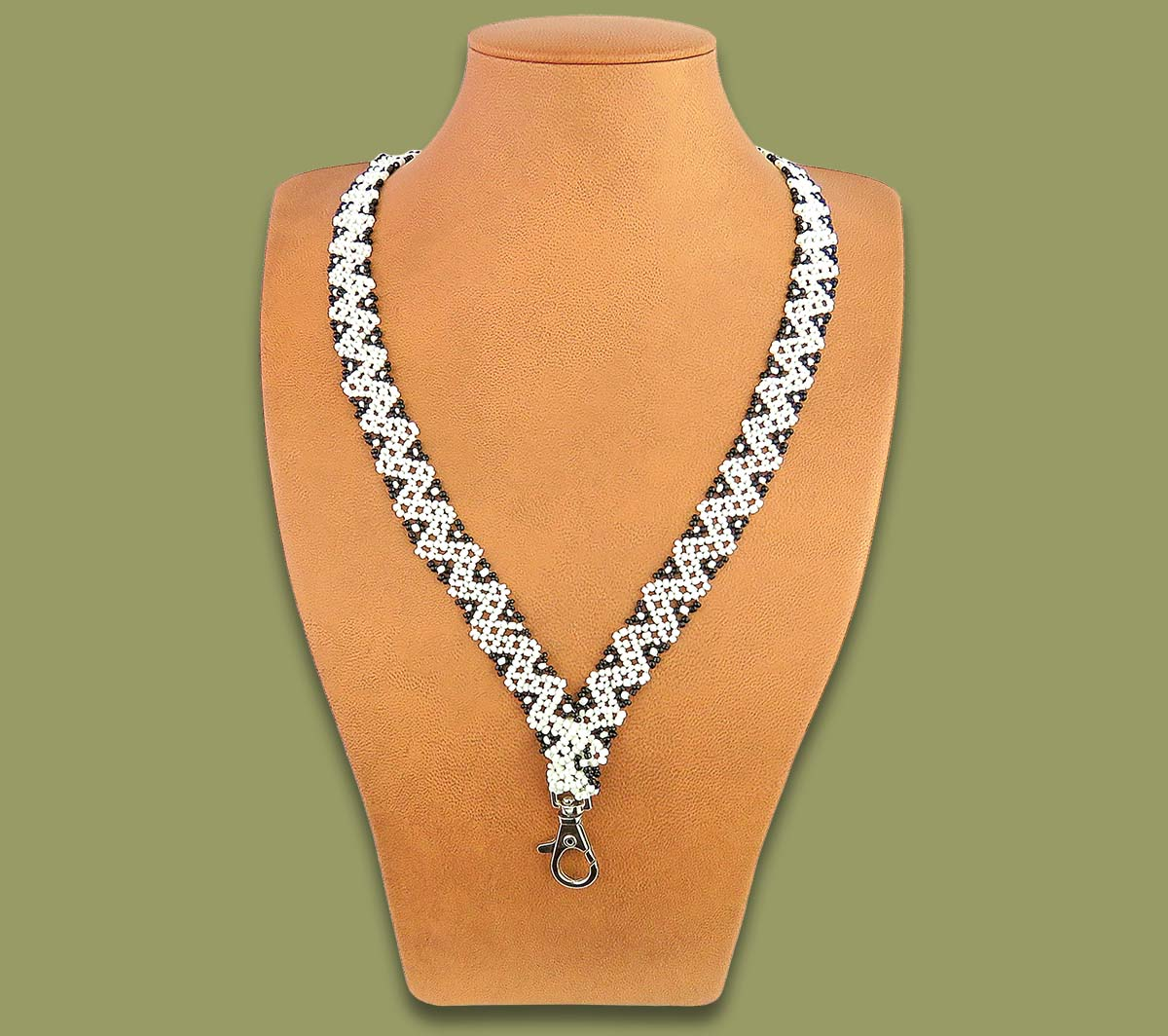 African Beaded Lanyard Zigzag White Black