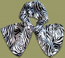See the full range of Scarves & Pasminas here.