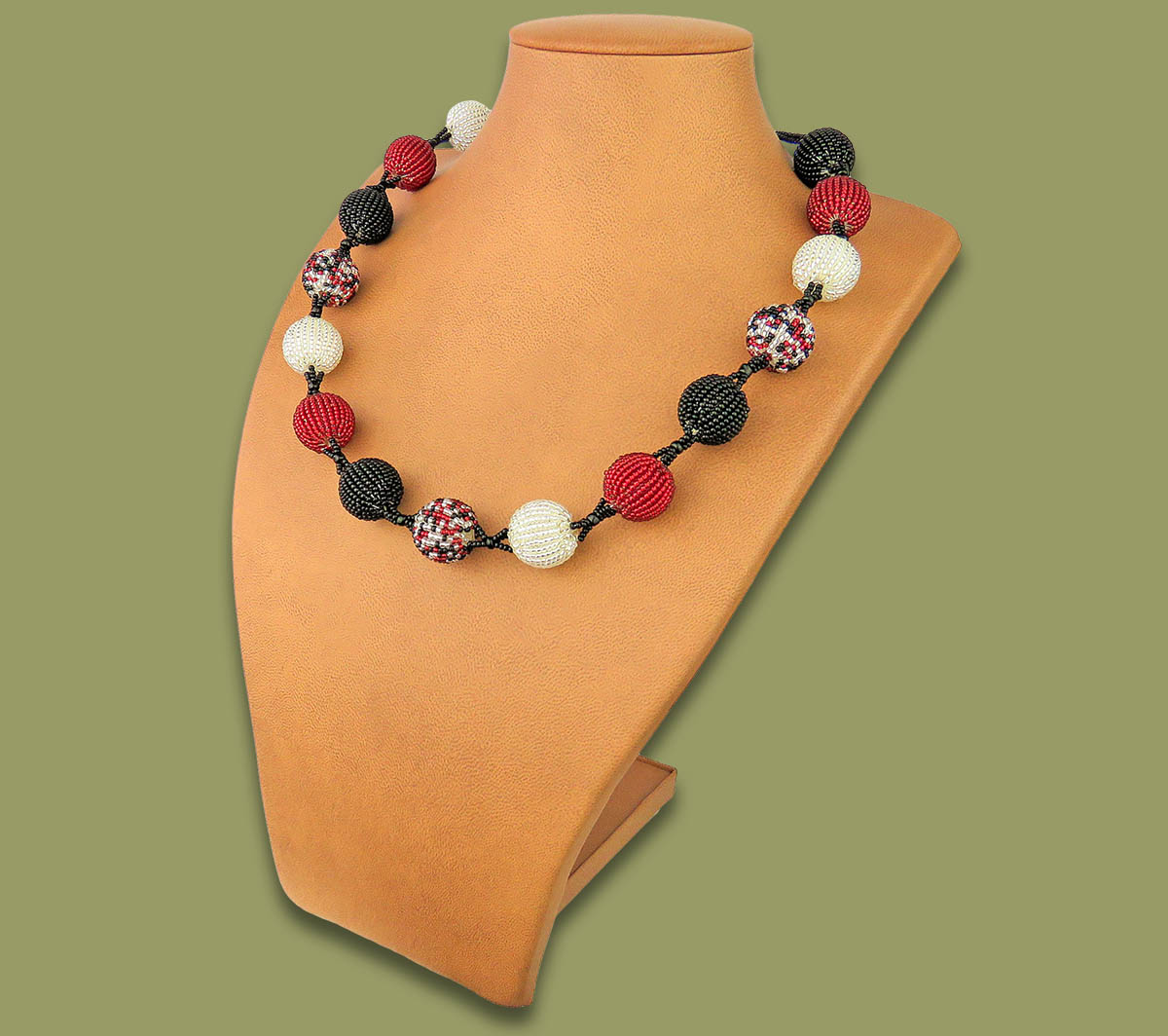 African Beaded Bobble Necklace Red Silver Black