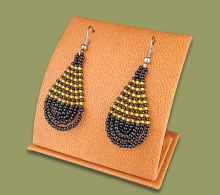 african-beaded-earrings-teardrop-small-black-gold3