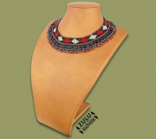 Beaded Thandi Necklace Black Silver Red