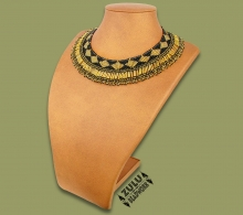 Beaded Thandi Necklace Gold Black